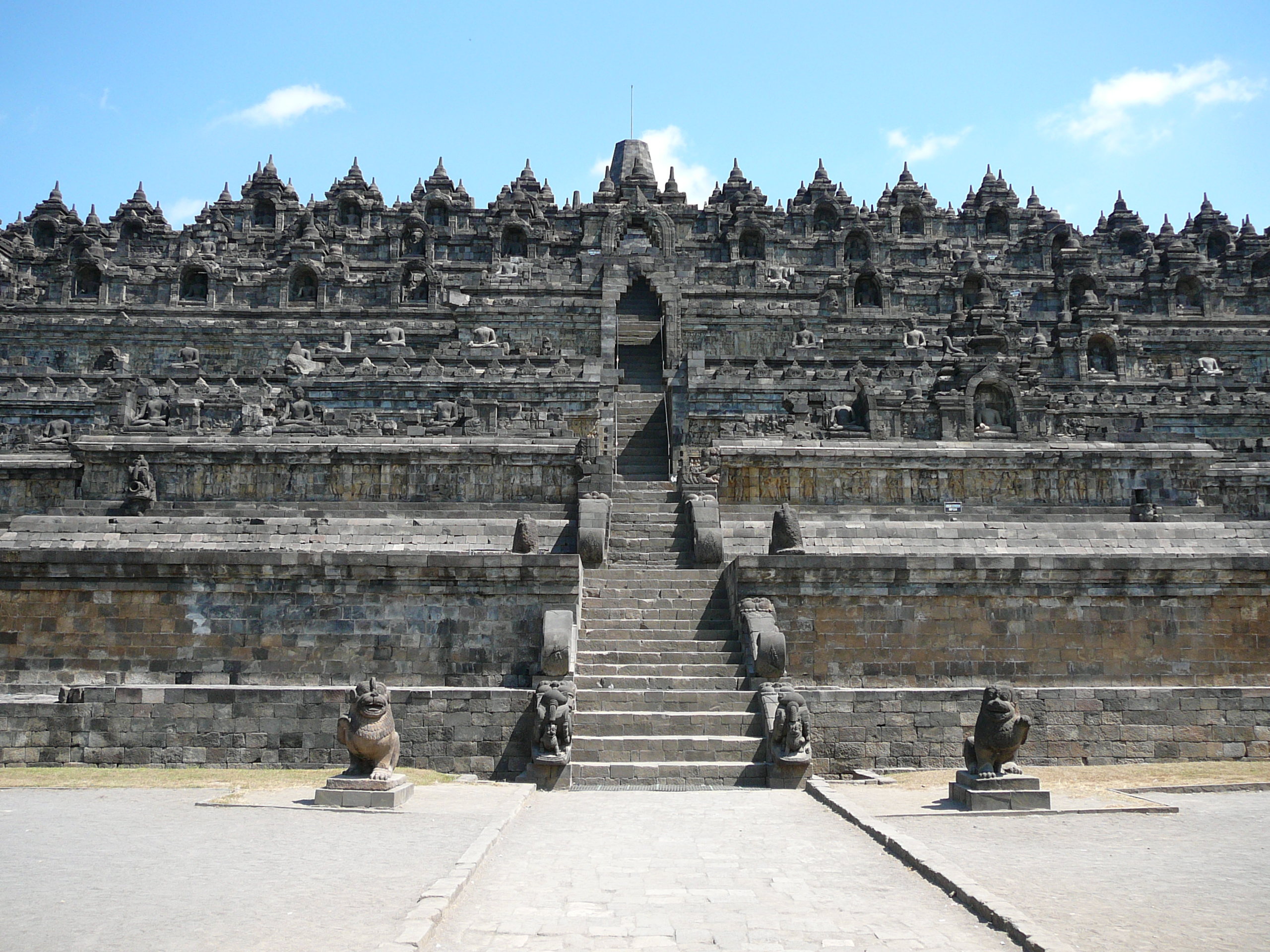 Borobudur Temple Historical Facts and Pictures  The