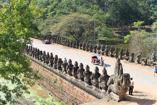 Angkor Thom Bridge | The History Hub