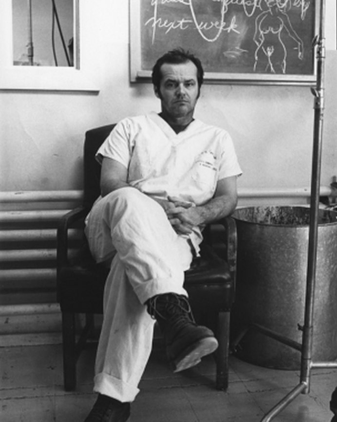 Jack Nicholson looking bored behind the scenes of 'One Flew Over the Cuckoo's Nest' (1975)