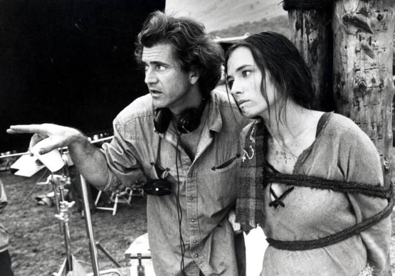 Mel Gibson directs Catherine McCormack in