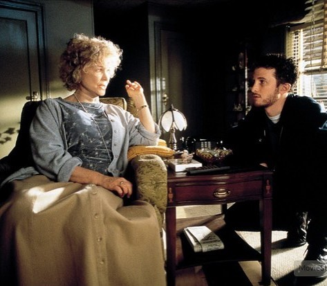 One of the best performances I've ever seen. Ellen Burstyn with director Darren Aronofsky behind the scenes of 'Requiem for a Dream' (2000).