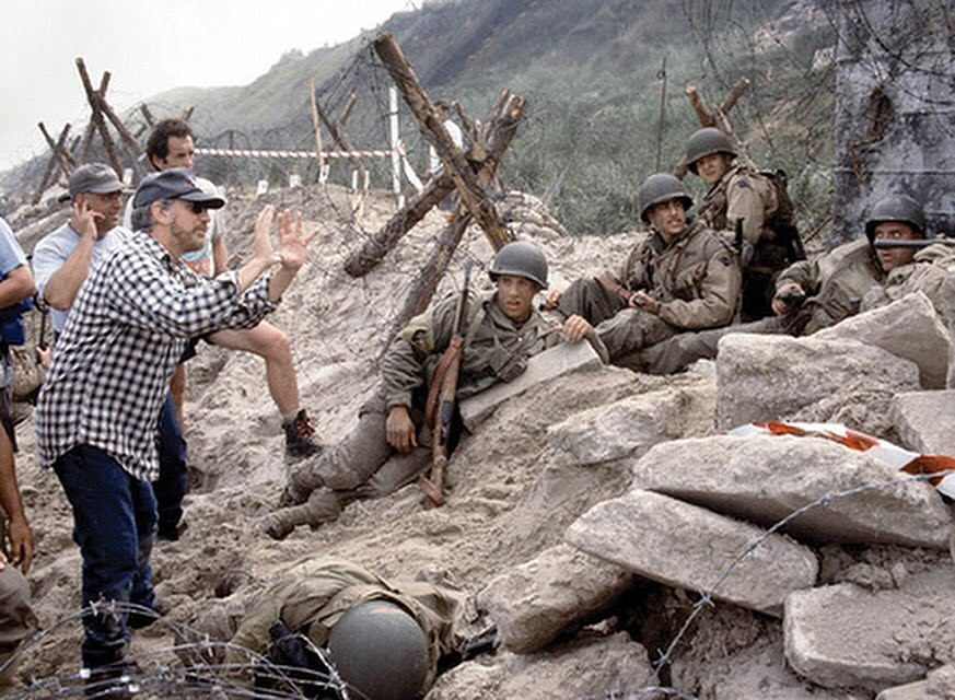 Steven Spielberg behind the scenes of 'Saving Private Ryan' (1998)