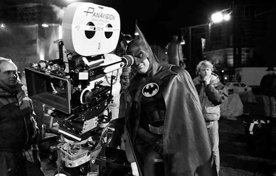 Michael Keaton behind the scenes of 'Batman' (1989)