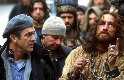 Mel Gibson directing Jim Caviezel in 'The Passion Of the Christ' (2004)