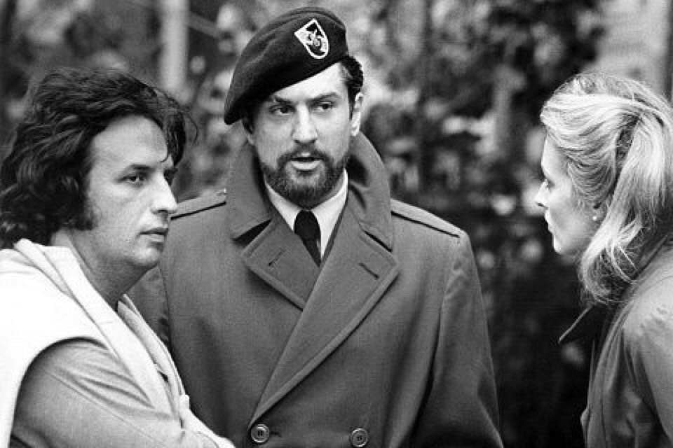 Michael Cimino, Robert De Niro and Meryl Streep behind the scenes of 'The Deer Hunter' (1978)