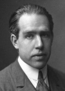 Image of Niels Bohr on the atom