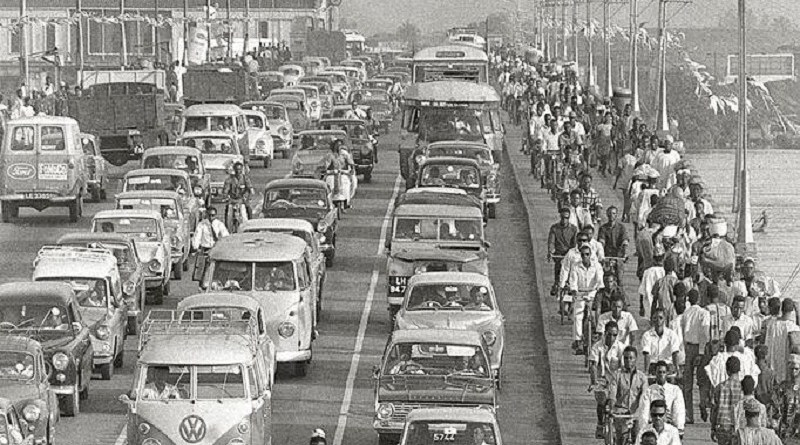 Image of Right-Hand-Drive Nigeria; Traffic in Lagos, 1960.