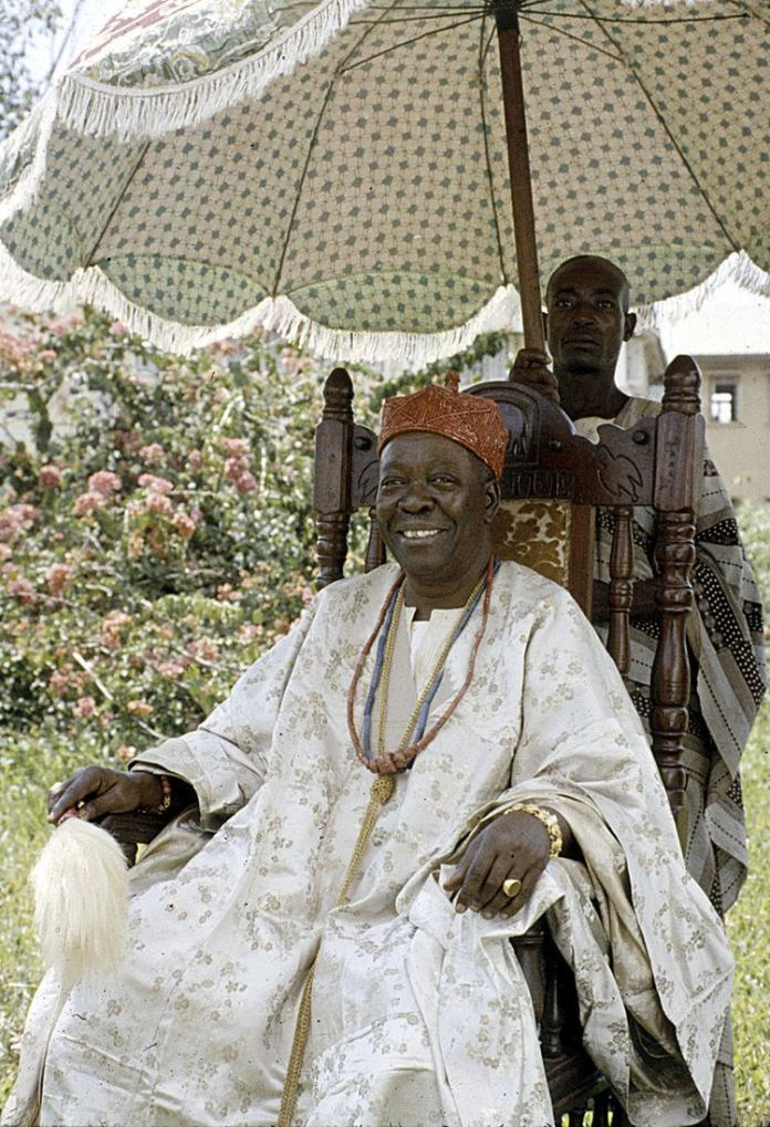 Image of Oba Adeosoji Aderemi