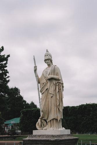 athena-statue-russia