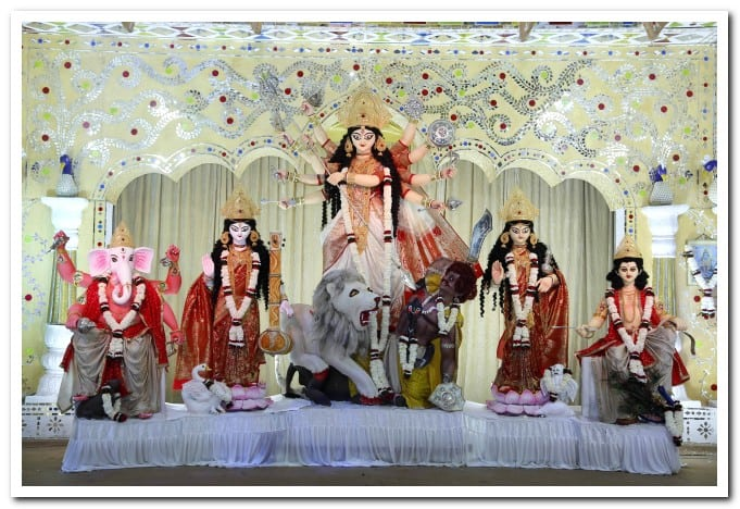 Sheth Gokuldas Tejpal Auditorium oldest durga puja