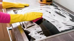 How to Clean a Black Stove Top With Water and Soap