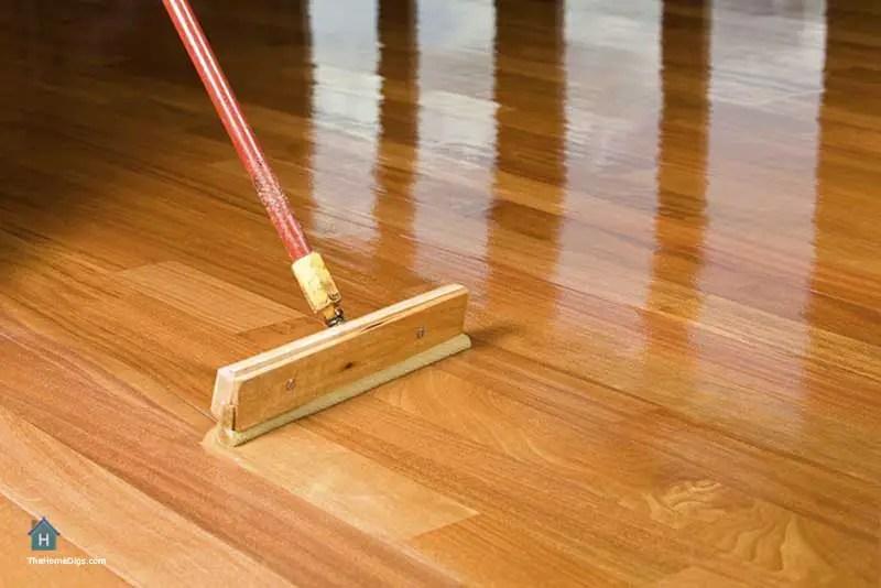 How to Apply Oil Based Polyurethane on Wood Floors