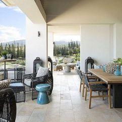 Kitchen Remodel Hawaii Paints 现代夏威夷房子融入了文化遗产 色彩和机智而闻名 但有时也可以被认为是俗气的 对于这个住宅 Kari Demond带来了对当代内部的感知 同时仍然尊重岛屿的文化和遗产 室内设计与夏威夷紧密相连