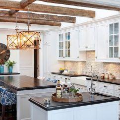 Rustic Kitchen Clock Planner Online 8种简单的方式为您的现代农舍厨房增添色彩 大型壁挂艺术品和时钟是农舍厨房的必备品 图片 Lydia Uzell室内设计
