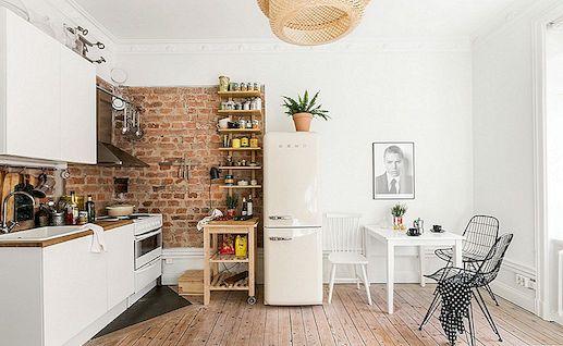 small kitchen plans outdoor kits lowes 使用我们的终极小厨房指南让您的空间为您服务 继续下面 我们的终极小厨房指南提示 采取这些建议 并使其适应您的室内设计 通过一些计划和预见 您可以创建最适合您需求的空间