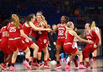 Hoosiers gain valuable tournament experience, 'feel the love' of growing fanbase during Elite Eight run