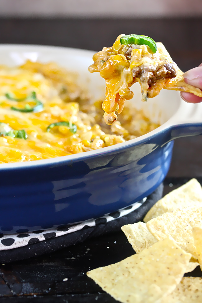 Cheesy Mexicorn Dip| The Hopeless Housewife