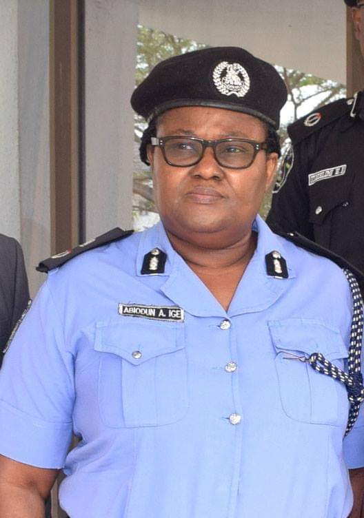 Floating corpse:Police commence investigation