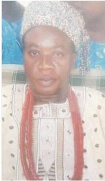 Community pardons monarch in exile