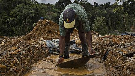 Stop illegal gold miningin Osun, monarch begs Oyetola