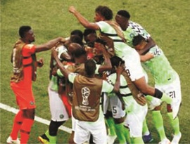 Nigerians hail Eagles win, fault Rohr's first eleven