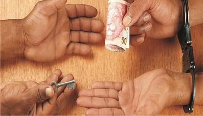 Declaring war against bribery