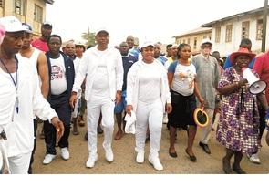 Olowo leads residents on healthwalk