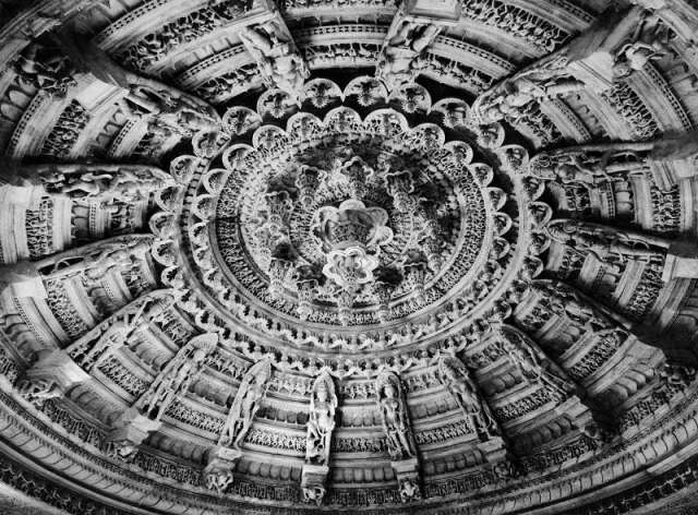 Olympus of the East - Breathtaking Dilwara Temple Complex at Mount Abu