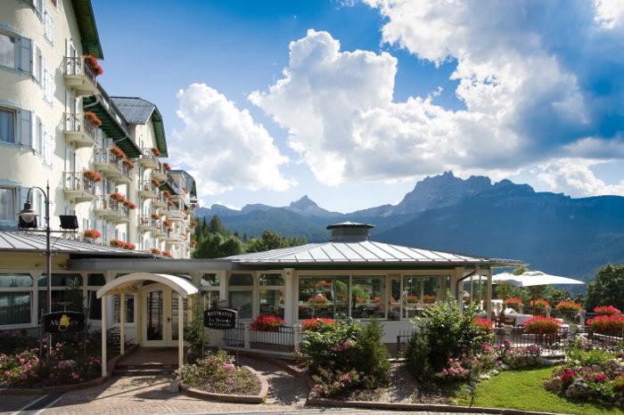 Studio movie grill college park. Cristallo Hotel Spa Golf Cortina D Ampezzo Italy The Hotel Guru