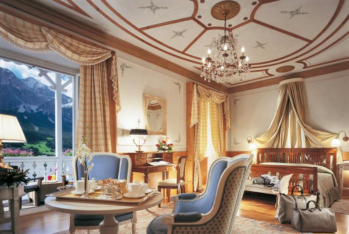 Se crei un account potrai seguire amici ed esperti e dare un'occhiata ai posti da loro consigliati. Cristallo Hotel Spa Golf Cortina D Ampezzo Italy The Hotel Guru