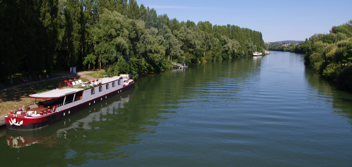 best places to stay in val d oise