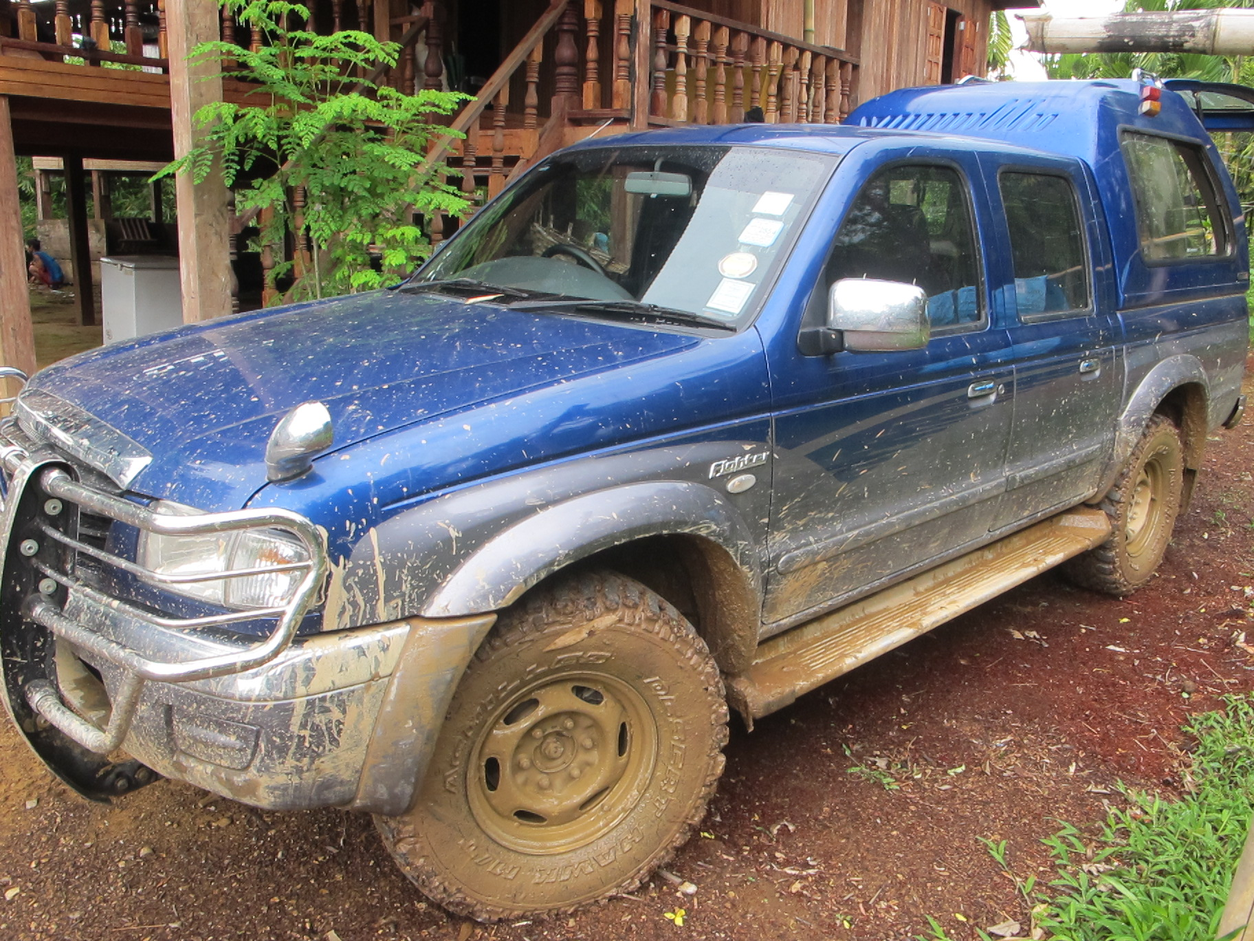 truck-in-mud-after-drive.jpg