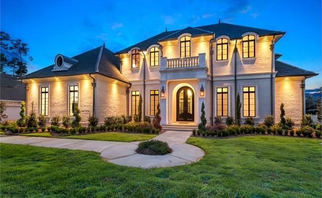 Traditional Luxury Style House Plan 6900 Baton Rouge