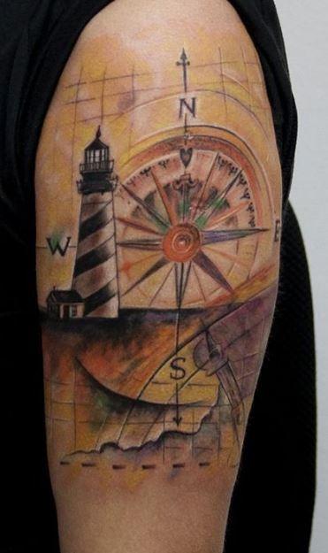Tatuaggio di un faro con rosa dei venti  The house of blog