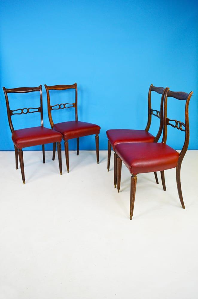 Lunghezza cm 128 prof 67 altezza 79 Set Di 4 Sedie In Legno E Vinile Bordeaux Anni 60 The House Of Vintage