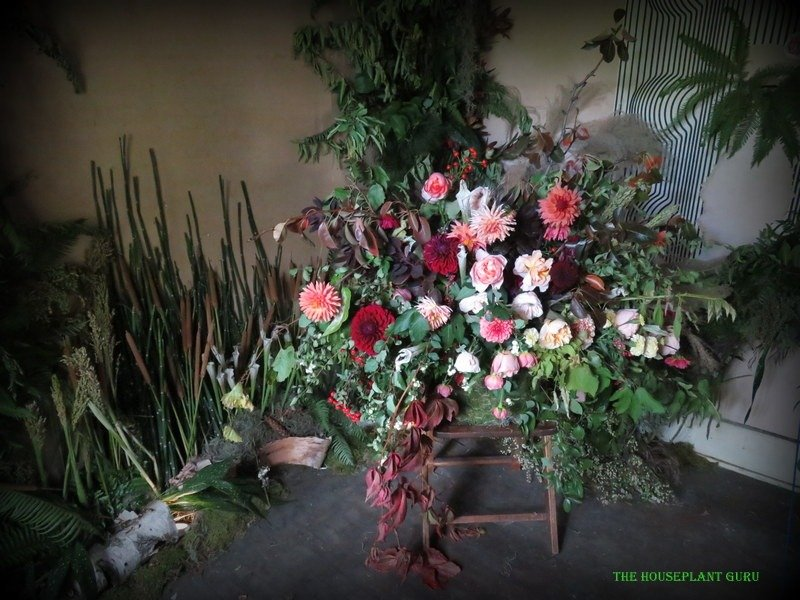 Floral arrangement in the upstairs bedroom