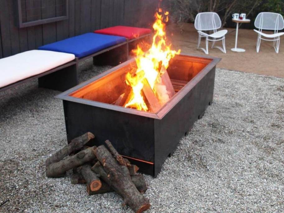 Outdoor wood burning Fireplace 3