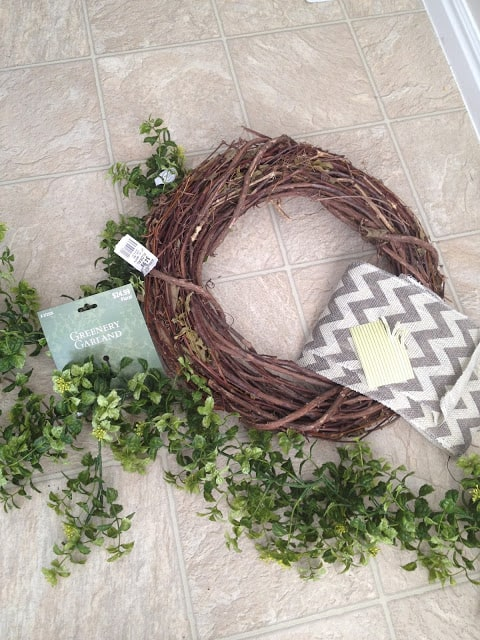 15 Minute, 15 Dollar Wreath DIY - supplies needed (Hobby Lobby)