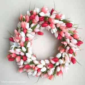 Tulip Wreath DIY – Gorgeous and Easy!