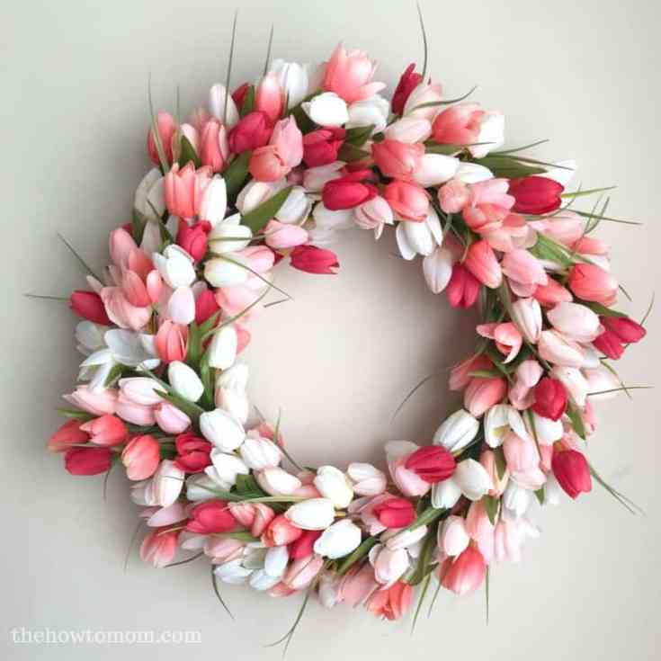 Tulip Wreath DIY - Gorgeous and Easy!