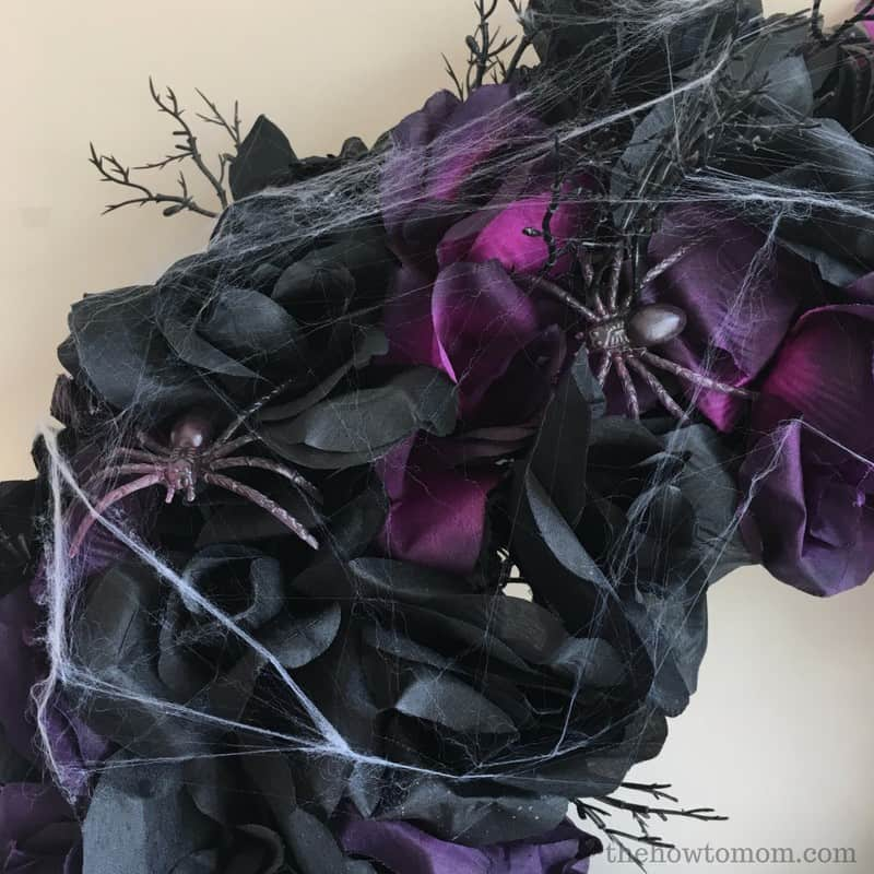 Creepy Black Rose Halloween Wreath DIY