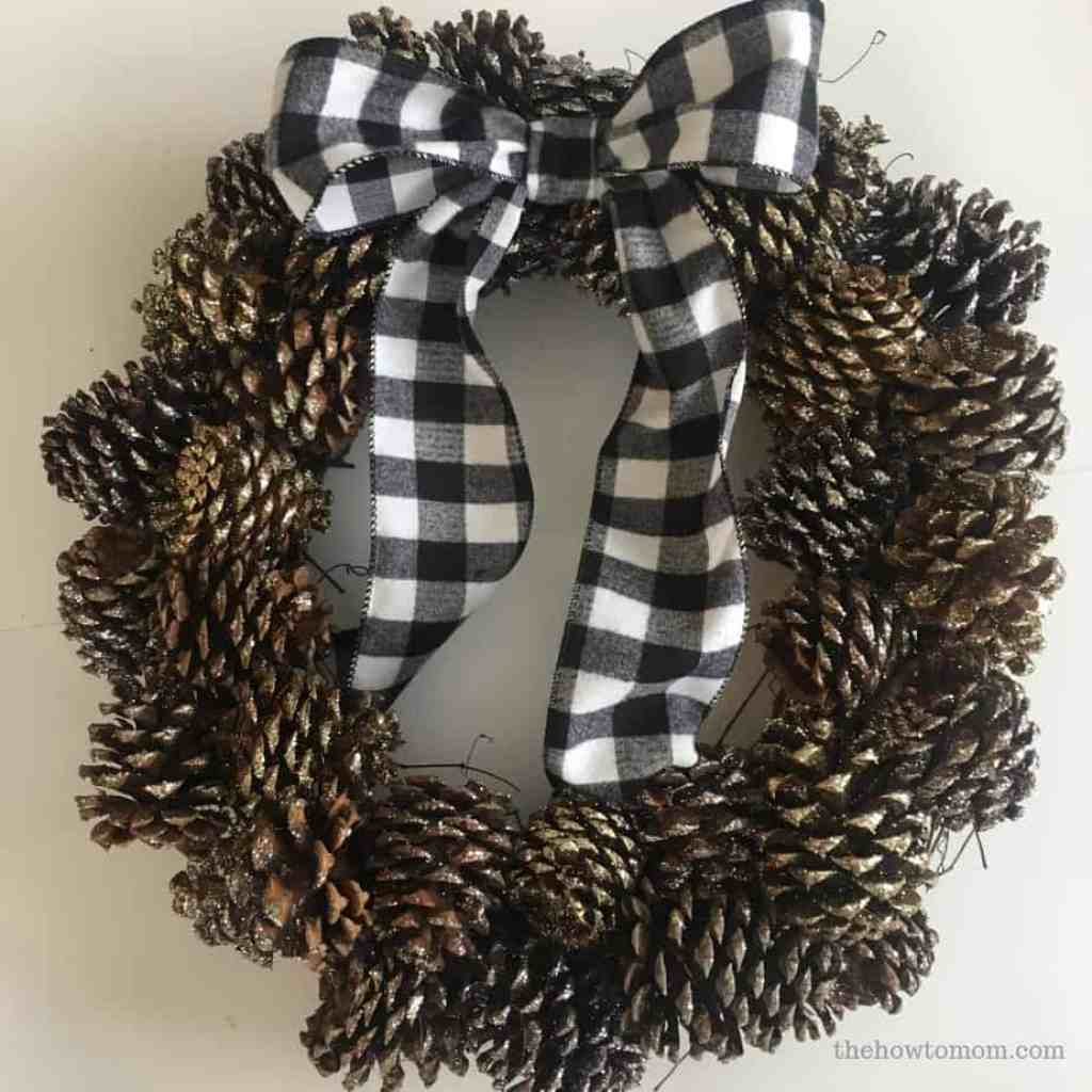 Pinecone Wreath DIY
