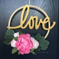 Modern Valentines Day Hoop Wreath