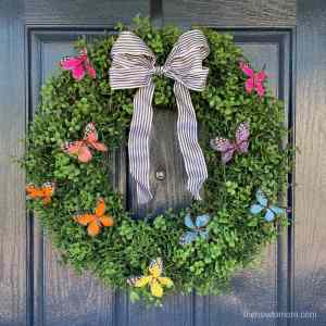 How to Make a Beautiful Butterfly Wreath