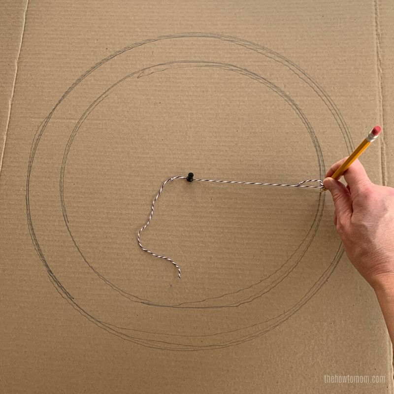 make a wreath frame with cardboard