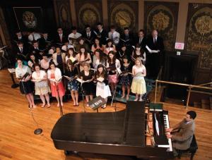 HANSKY SANTOS/THE HOYA The Chapel Choir sings in Gaston Hall.