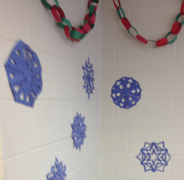 EMILY MANBECK/THE HOYA UNIQUE CREATIONS Paper snowflakes are simple and elegant.