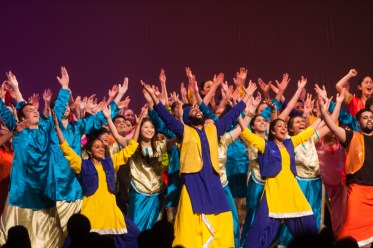 MICHELLE XU/THE HOYA Senior Bhangra closed the 20th annual Rangila performance at the Kennedy Center.