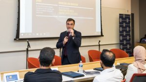 FC BARCELONA Javier Sobrino, Director of Strategic Planning and Innovation at FC Barcelona, gives a presentation at last month's Georgetown sports leadership summit.