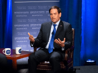AMBER GILLETTE/THE HOYA Sen. Marco Rubio (R-Fla.) encouraged political leadership to pursue bipartisan policy in the face of an increasingly divisive political atmosphere at an event Monday evening in Lohrfink Auditorium.